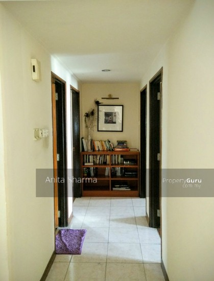 Lanai Kiara Hallway to rooms 73399652