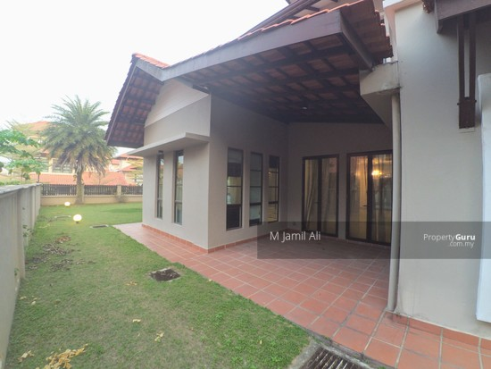 2.5 Sty Bungalow House, Taman Bukit Impiana Country Heights Kajang. Dining Hall Outside Terrace View 129696313