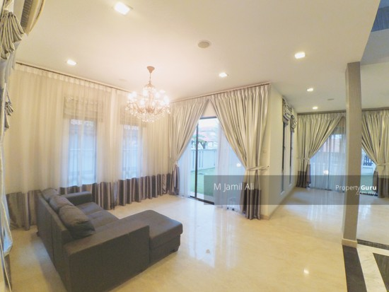 2.5 Sty Bungalow House, Taman Bukit Impiana Country Heights Kajang. Second Guest Living Area 129696379
