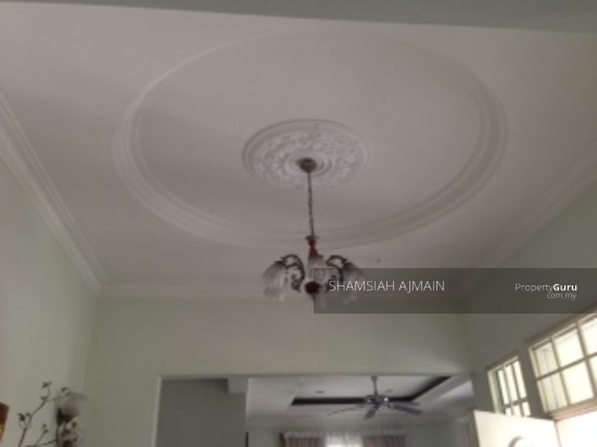 Bungalow at Kota Damansara  89826395