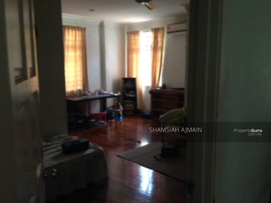 Bungalow at Kota Damansara  89826602