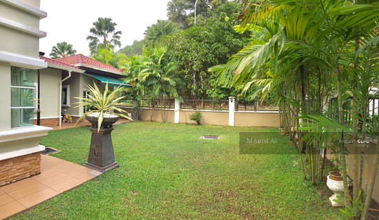 Bungalow Arca Bandar Tun Hussein Onn Side Land at the Back 100000100