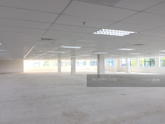 COMMERCIAL OFFICE AND WAREHOUSE AXIS BUSINESS PARK PETALING JAYA PJ SELANGOR MANY BUILDINGS SIZES  103445306
