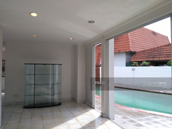 Damansara Heights 2.5 sty Bungalow with swimming pool  108546452
