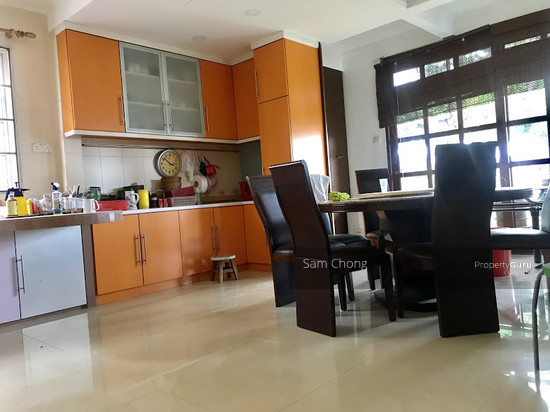 [ FULLY RENOVATED ] Port Klang 2.5 Storey CORNER  108721034