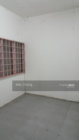 Kajang Taman Maju 2 Storey Terrace House 20x70 Below Market Price  110563829