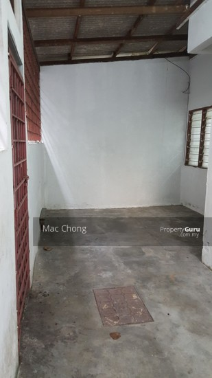 Kajang Taman Maju 2 Storey Terrace House 20x70 Below Market Price  110563835
