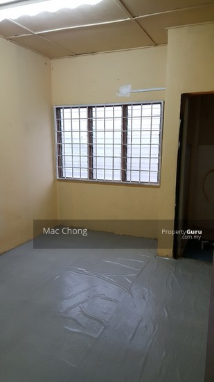 Kajang Taman Maju 2 Storey Terrace House 20x70 Below Market Price  110563856