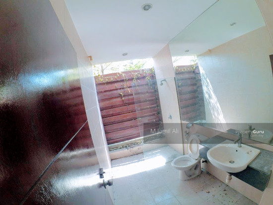 Bungalow With Land Banyan Close Bukit Mahkota, Kajang Bathroom 111400772