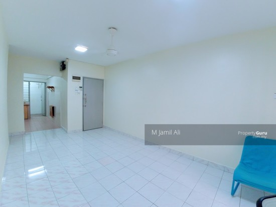 Idaman Sutera Condominium Main Living area 120717398