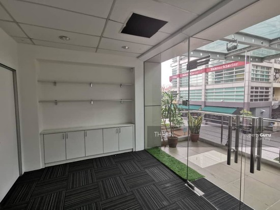 IOI BOULEVARD PUCHONG PARTLY FURNISHED OFFICE LRT SUBANG SUNWAY  135784509