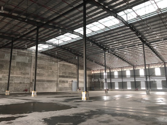 Iskandar Puteri Port of Tanjung Pelepas Warehouse with 200Am Power Supply for Rent  127453684