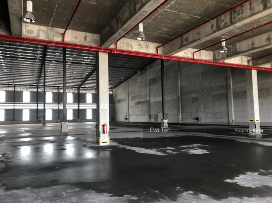 Iskandar Puteri Port of Tanjung Pelepas Warehouse with 200Am Power Supply for Rent  127453689