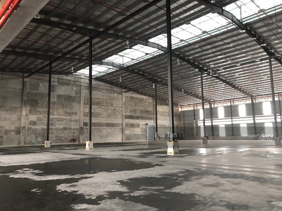 Iskandar Puteri Port of Tanjung Pelepas Warehouse with 200Am Power Supply for Rent  127453804