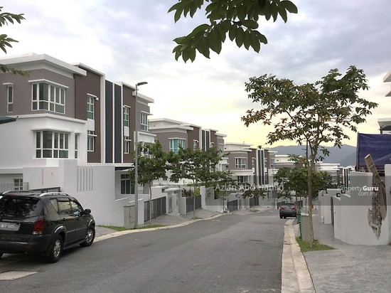 BUMI LOT 3 Storey Semi D The Rafflesia Damansara Perdana  127734503