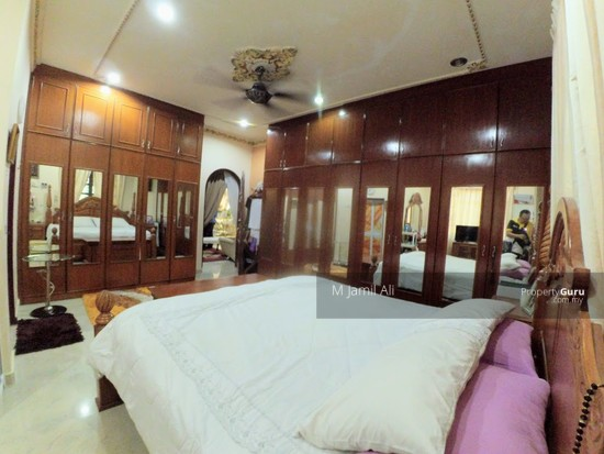 Villa Home Resort Pedas Rembau Master Bedroom at 1st Floor 127800818