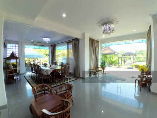 Villa Home Resort Pedas Rembau Guest Living and Dining Area 127800833