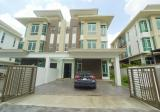 3 Storey Semi-D Ramal Villa Residence Seksyen 8 Kajang - Property For Sale in Singapore