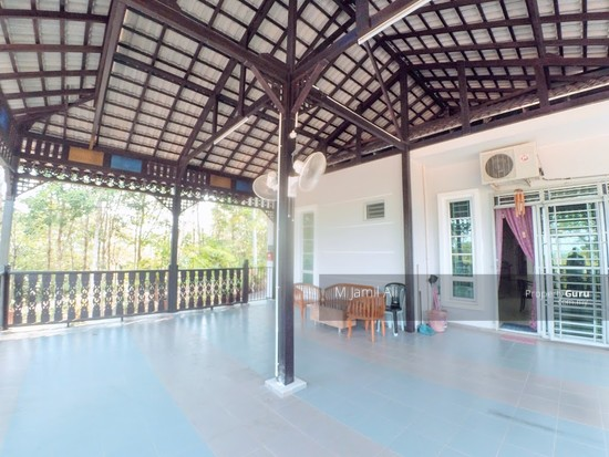 Village Bungalow Segamat Johor Spacious Balcony Area ( relax area ) 128028056