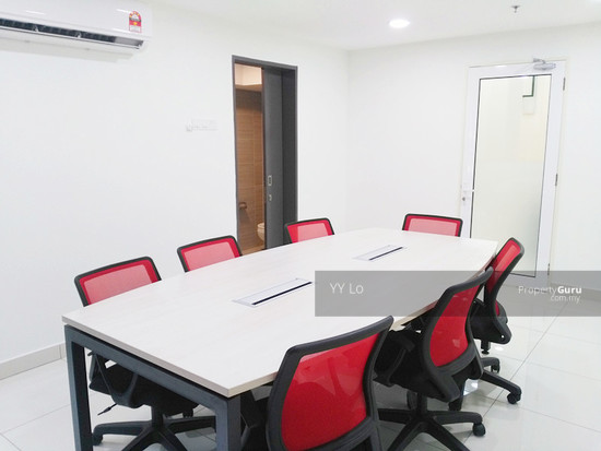 3 Towers meeting room with toilet  128277281