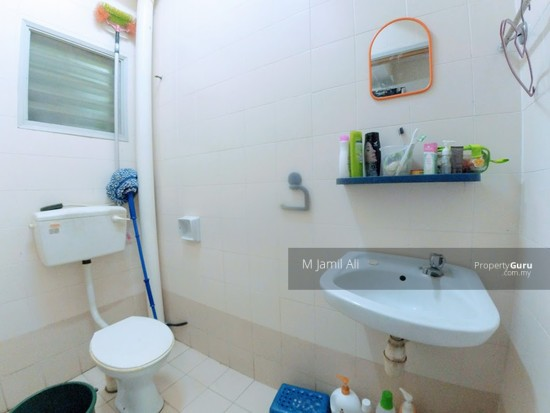 Terrace Sek U 10 Shah Alam Guest Bathrooms 127879475