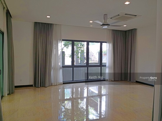 Damansara Heights Bungalow  128008198