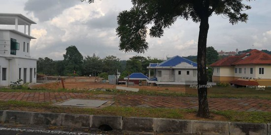LAND NEAR LAKE Precint 10, Putrajaya  128288692