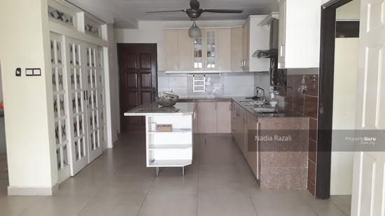 EXCLUSIVE! 2 Storey Semi D (Fully Renovated), Taman Sri Andalas, Klang  129134005