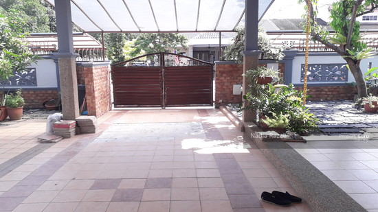 EXCLUSIVE! 2 Storey Semi D (Fully Renovated), Taman Sri Andalas, Klang  129134087
