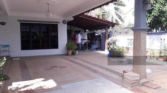 EXCLUSIVE! 2 Storey Semi D (Fully Renovated), Taman Sri Andalas, Klang  129134102