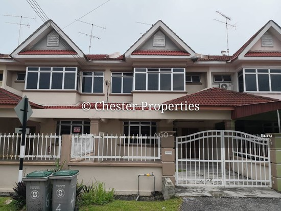 Double Storey Terrace No xx Jalan Universiti 9 Taman Universiti 86400 Parit Raja  Johor   129586583