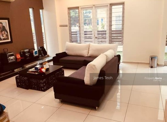 Fully Renovated - 2.5 STY Bungalow House Taman Selatan Taman Palm Grove Nr Hin Hua School Klang  129704130