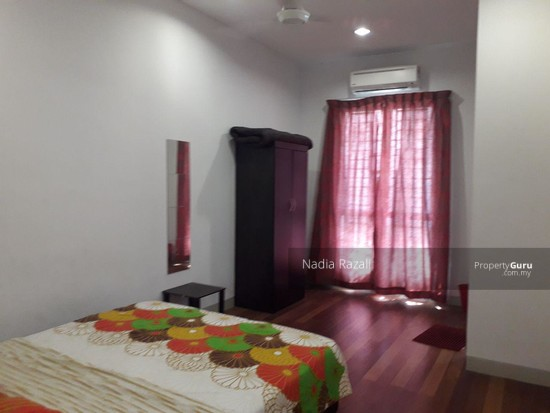 SPACIOUS & FREEHOLD 2-Storey Terrace Intermediate Alam Impian (I&P) Shah Alam  129938206