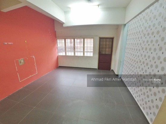 Sri Dahlia Apartment (Kajang)  129976590