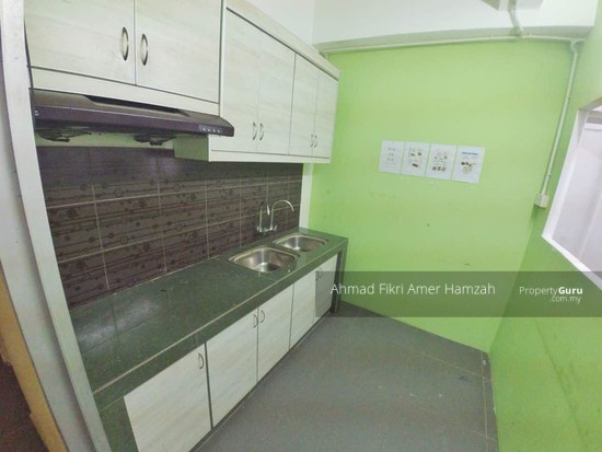 Sri Dahlia Apartment (Kajang)  129976591