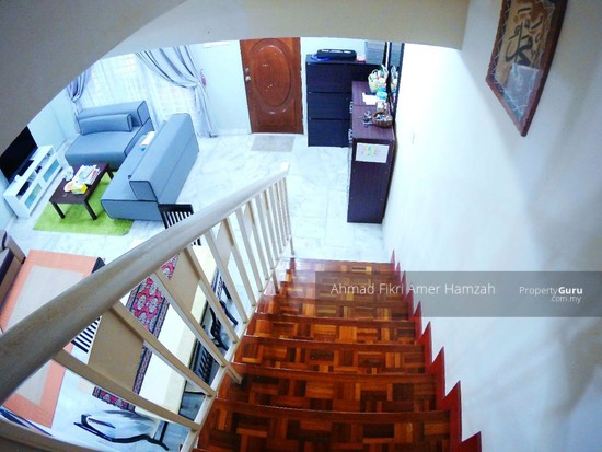 [RENOVATED] Double Storey End Lot Putra Height Subang Jaya  129977028