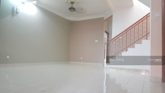 Pelangi Semenyih 4 Taman Double Storey Terrace House FULLY RENOVATED 20x70  130135165