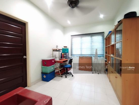Fully Renovated - 2 STY Superlink Endlot Bandar Bukit Tinggi 2 Bandar Botanic Nearby Aeon Klang  130342393