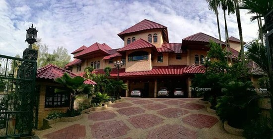 Bungalow Mewah Country Heights Kajang with Swimming Pool  130760650