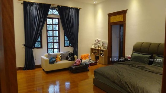 Bungalow Mewah Country Heights Kajang with Swimming Pool  130760651