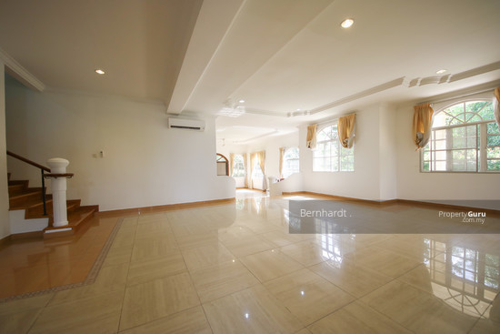 Putrajaya ,Beverly Row Bungalow  with Pool  130775535