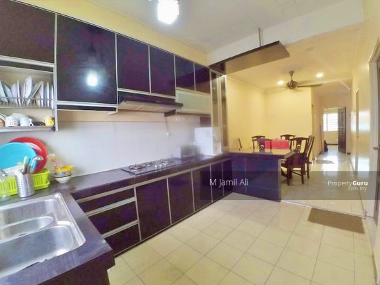 Intermediate Single Storey Seksyen 30 Shah Alam Kitchen with beautiful Cabinet and Counter-top 133056181