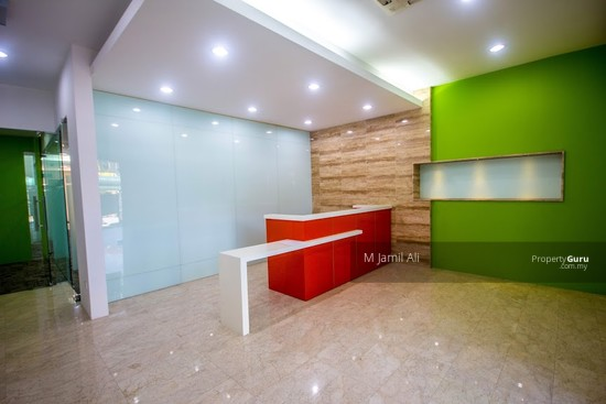 Ground Floor For Office Used at Plaza Paragon opposite Bangi Sentral SOHO For Rent  133042279