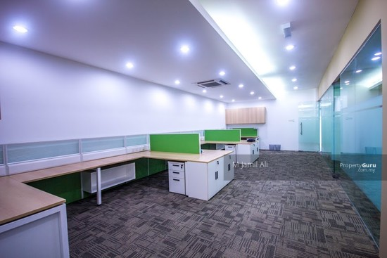 Ground Floor For Office Used at Plaza Paragon opposite Bangi Sentral SOHO For Rent  133042311