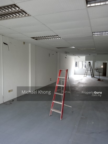 Ipoh Road 1st  Floor Shop Batu 3 Facing Main Road for Rent  134452607