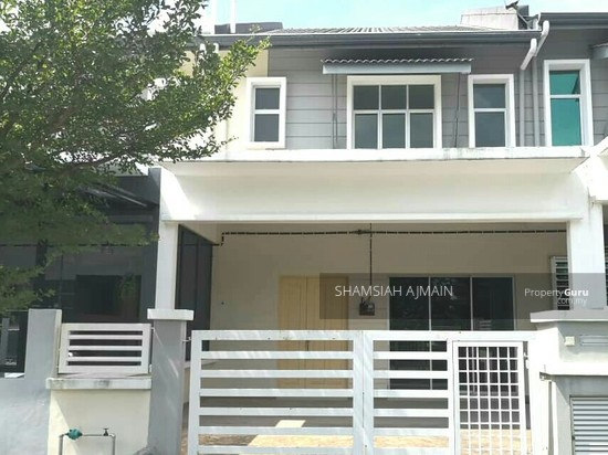 Double Storey Terrace At Puncak Saujana Section 4, Kajang  135845501