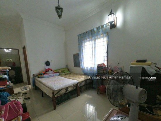 [RENOVATED] Corner Lot Single Storey Terrace Taman Semarak Nilai  135786819