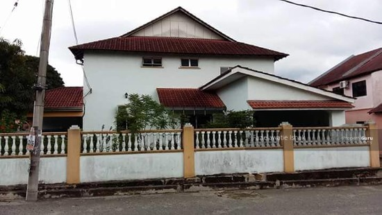 Double Storey Lorong Galing Air Putih Kuantan [CORNER LOT & RENOVATED] FREEHOLD  136633131