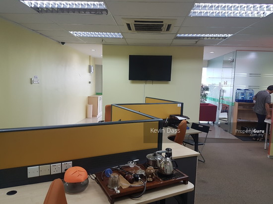 OFFICE IN IOI BUSINESS PARK PUCHONG FOR RENT  136665641
