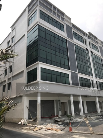 5 storey industrial building in Sg. Besi KL  136857693